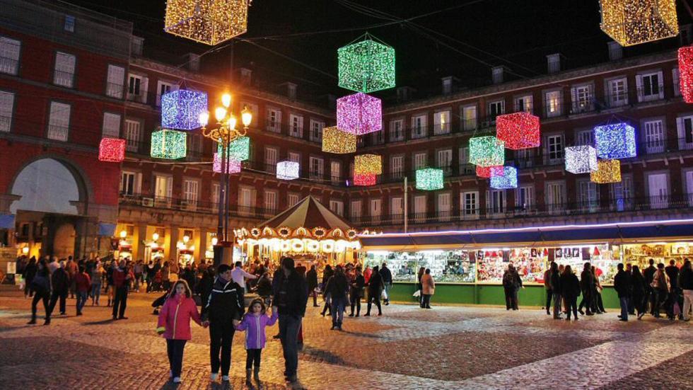 kbas madrid mercado-navidad-plaza-mayor